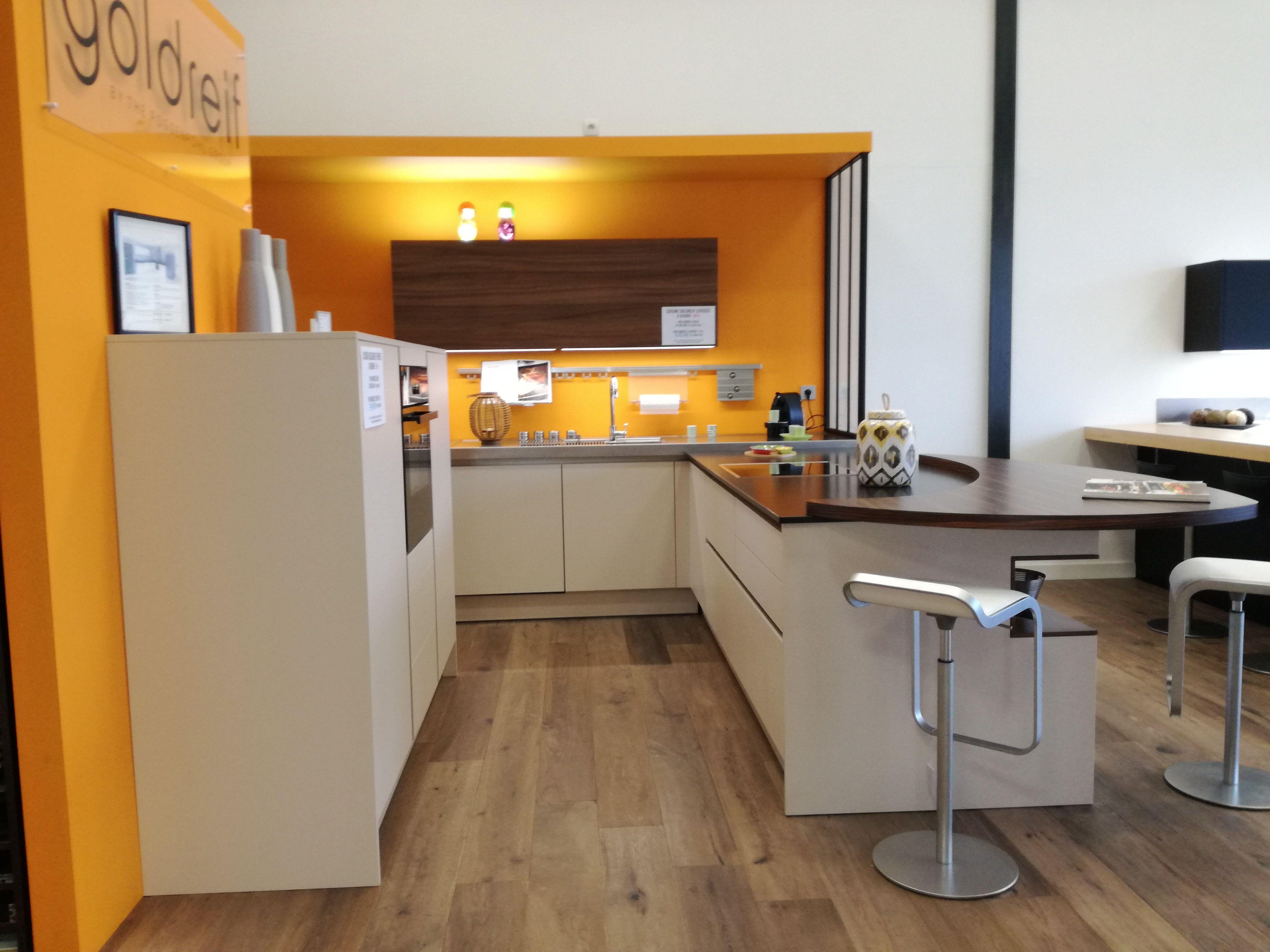 vannes cuisine excellent cuisiniste vannes inspirant cuisine modle et ambiance de cuisine. Black Bedroom Furniture Sets. Home Design Ideas