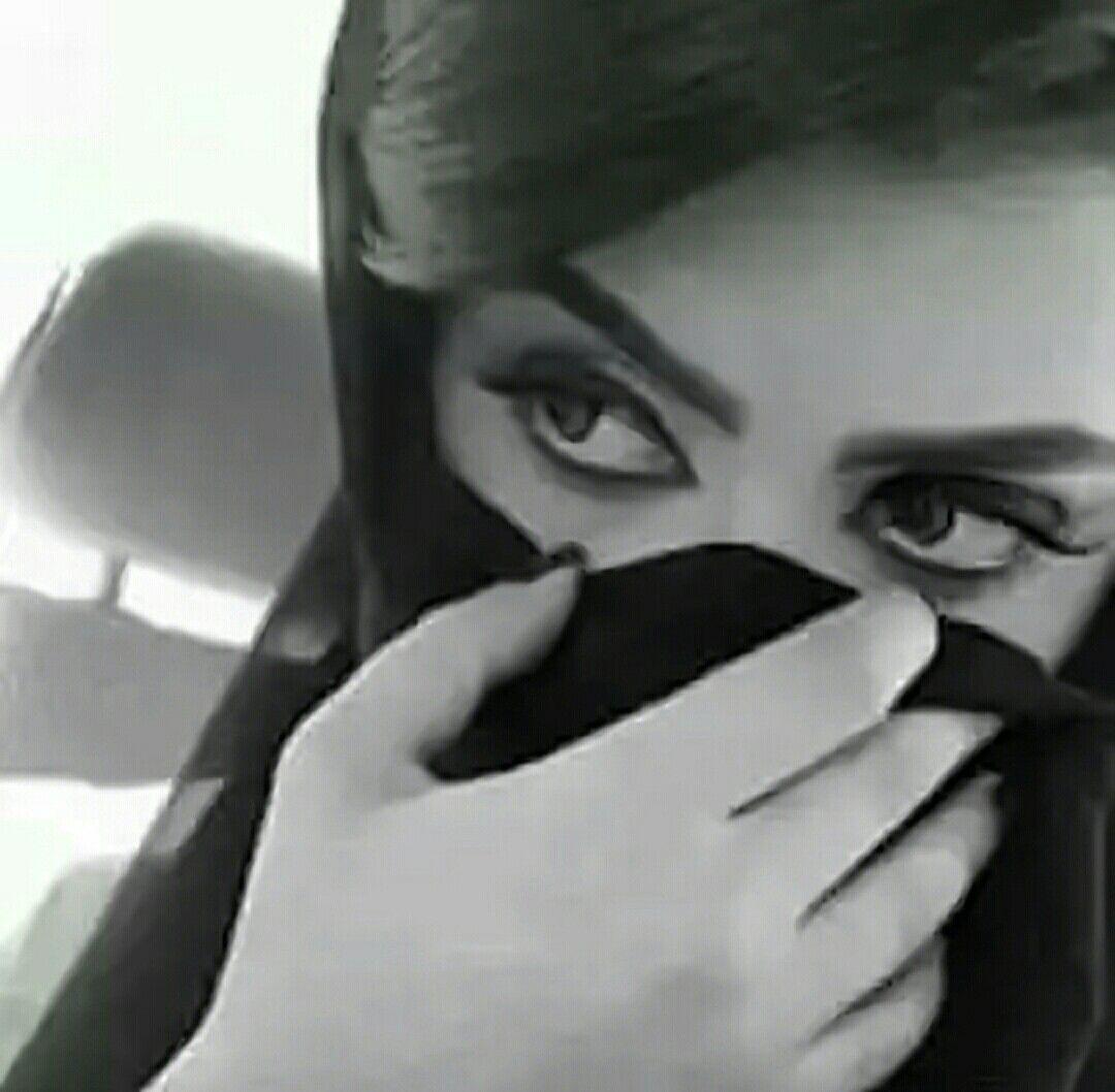 عيونها السود حور ورمشها ساهي لا سلهمت بانت الدمعة بمحاجرها عنود صيدن تقود الريم وتباهي حق لها تفتخر محدن يجاكرها Beautiful Hair Rose
