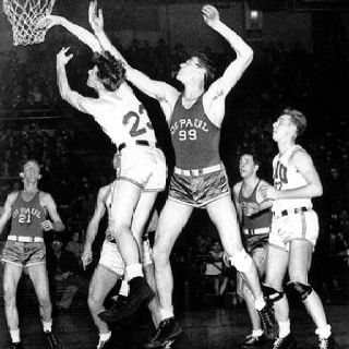 Who was the best basketball player in the 1920s?