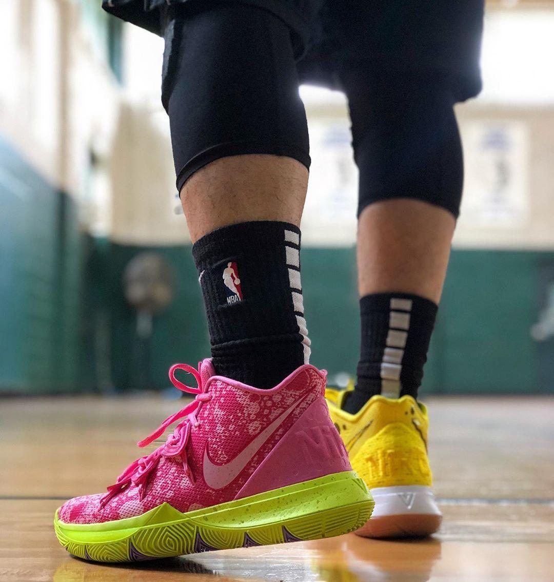 Yellow sneakers, Nike fashion shoes