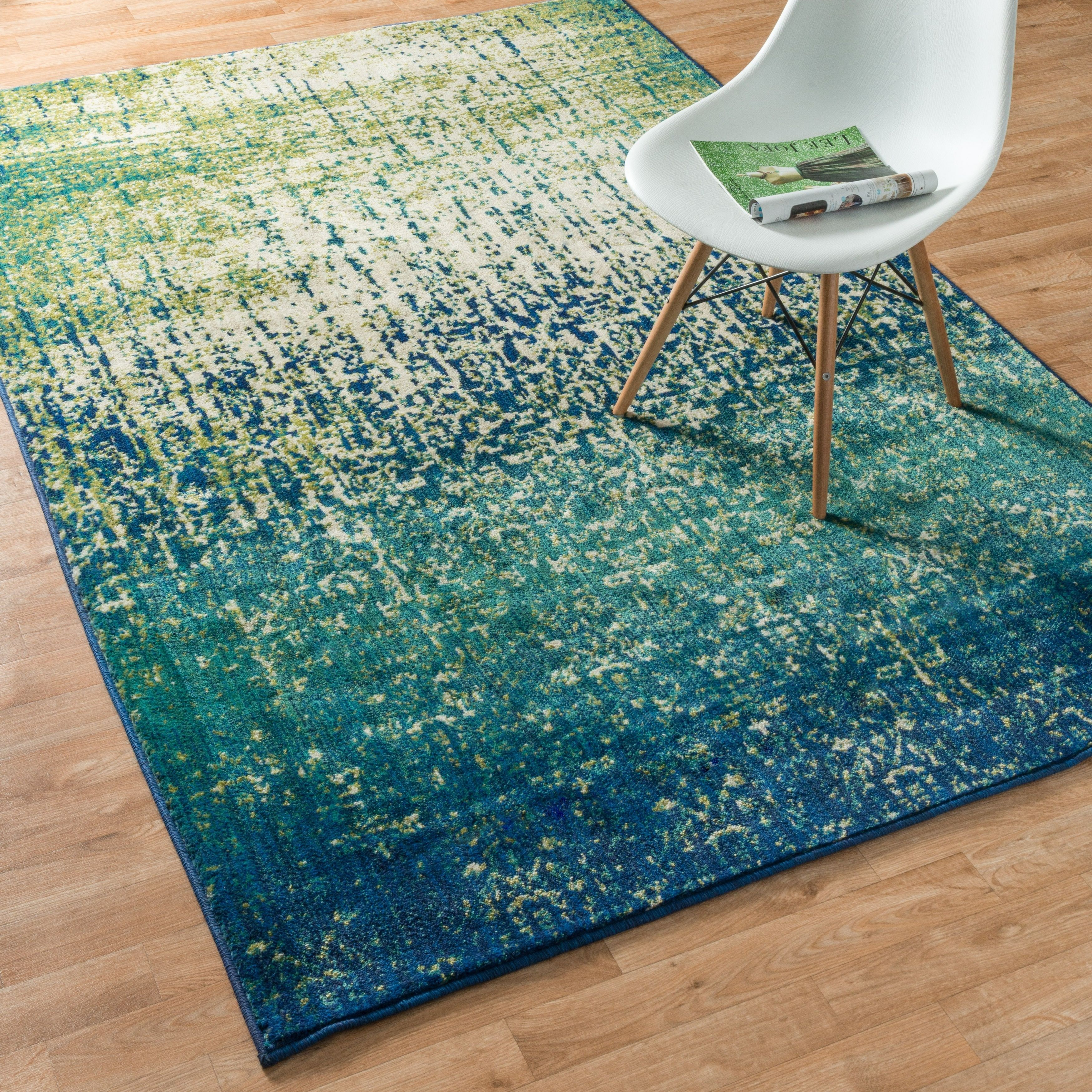 7x9   10x14 Rugs: Use Large Area Rugs To Bring A New Mood To An