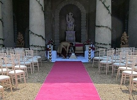 Here Is One Of Our Hot Pink Aisle Runners At The Bash We Have Over 20 Different Colors To Choose From We Ship Red Carpet Runner Hot Pink Weddings Atlanta