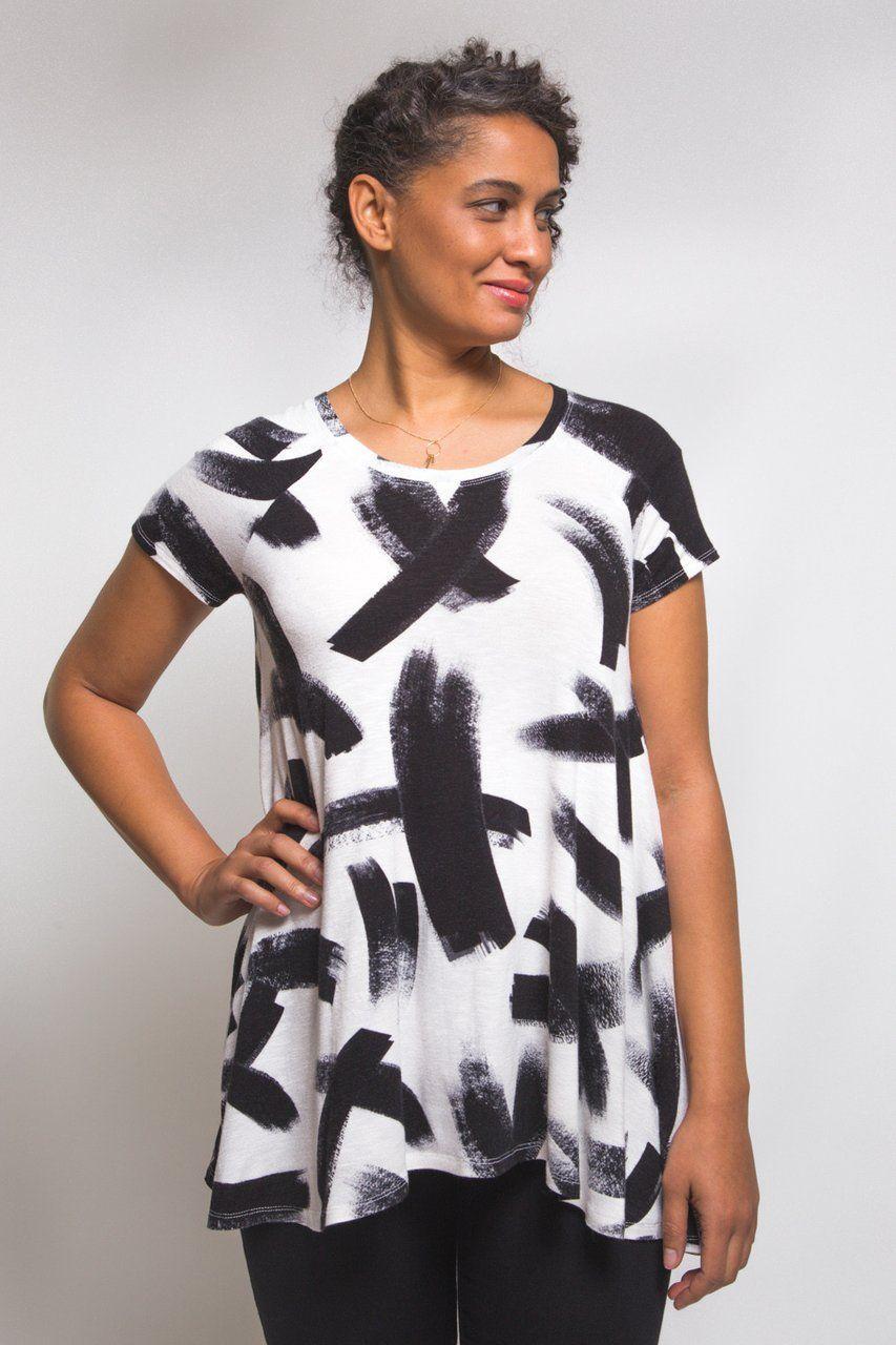 b0d522d1 Ebony Tee Pattern // Knit tunic pattern // Closet Case Patterns ...