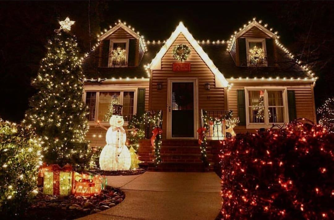 98 Days Left Until Christmas Christmastime Christmasmood Chri Luces Navidad Decoracion Navidad Al Aire Libre Decoracion Exterior Navidad