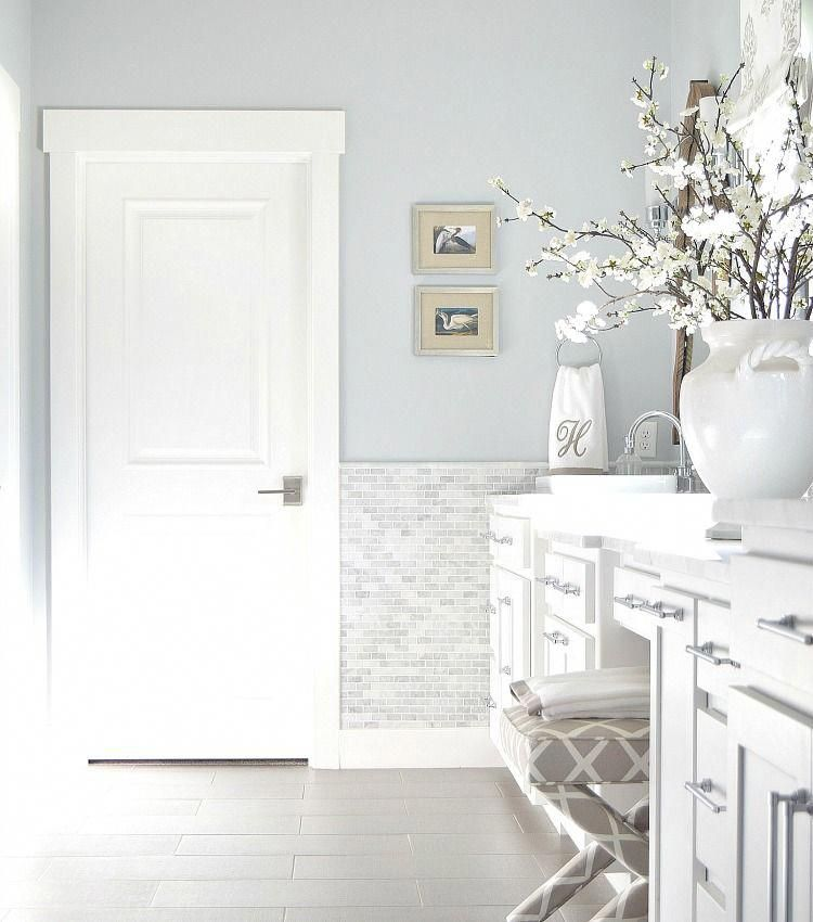 Benjamin Moore Silver Lake And Decorators White Best Gray Paints Zdesign At Home Favorite Gray Paint Colors Transitional White Bathroo Favorite Paint Colors White Bathroom Paint Grey Paint Colors