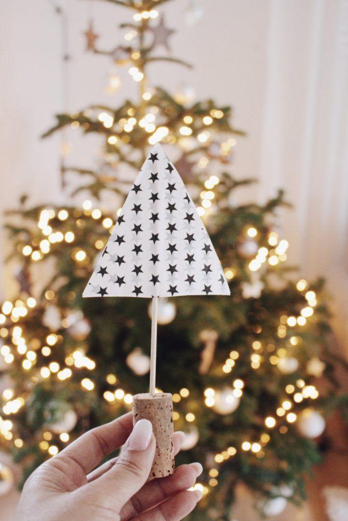 Einfache Bastelidee Tannenbaum Selber Machen Karácsony