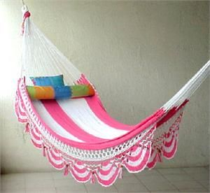 Pink crocheted hammock. Doubt that I'll ever actually do this, but I'm intrigued by the idea!  And, hey, I can dream can't I?   (Oct'12) #Crochet