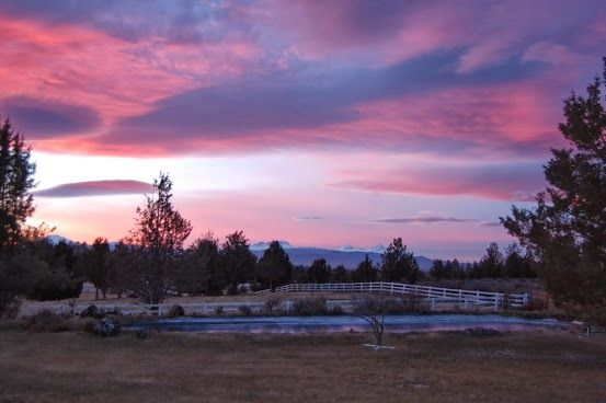 Bend Oregon is the best kept secret.  It averages 300 days of sunshine........has breathtaking forests, mountains and views.  It's a premiere resort town with pristine rivers, skiing and shopping.