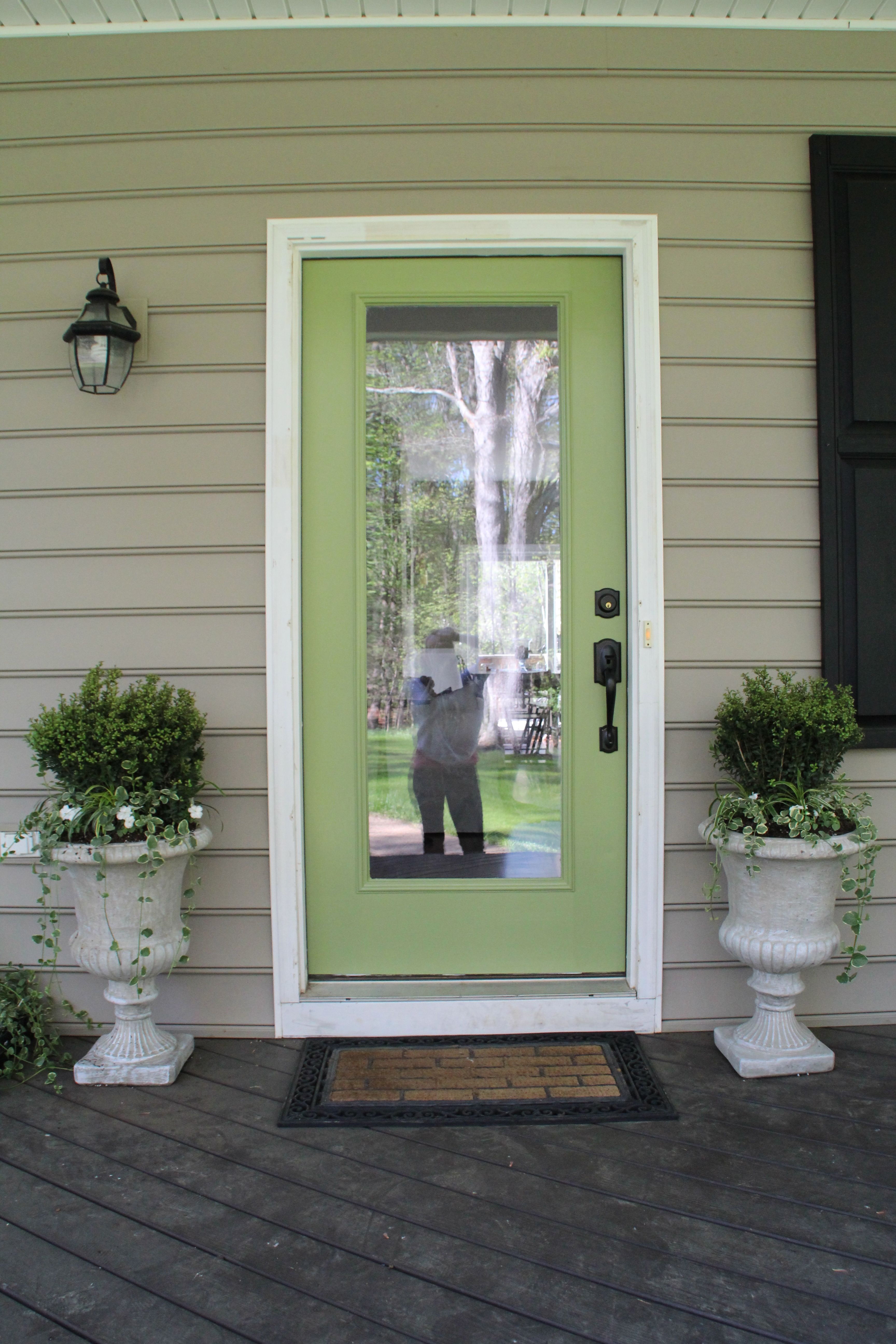 Pictures of front doors with storm doors - I Am So In Love With Our Front Door Now That It S All Pretty And Green We Andy I Helped A Little Removed The Storm Door And Although It Left Some Repair