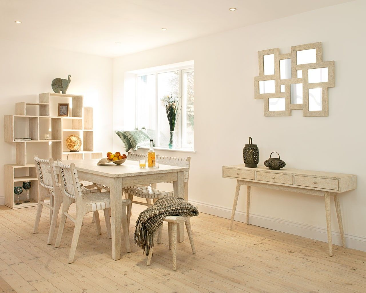 Saya White Mango Dining Table