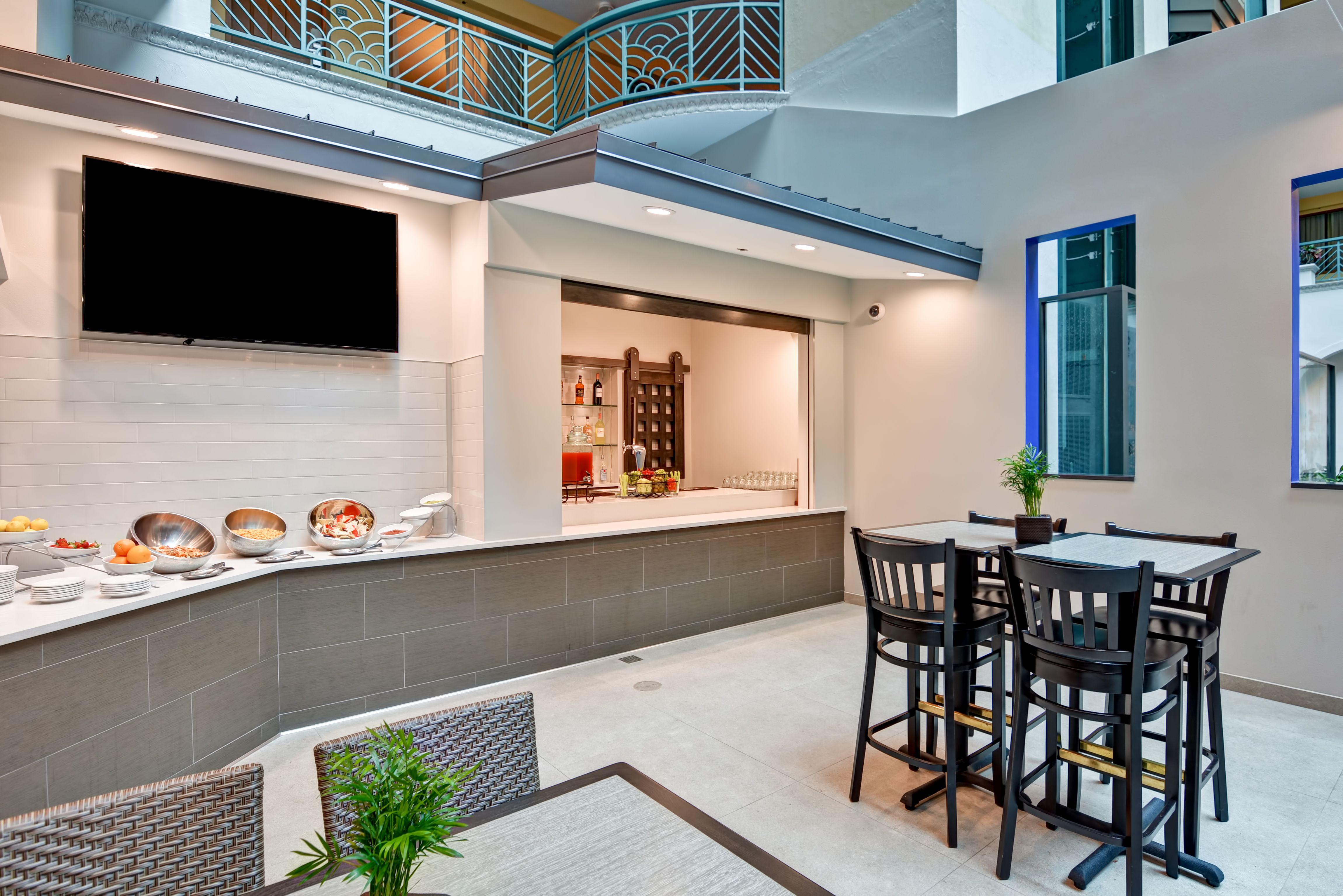 Evening Reception Snacks Selection Hilton Miami Hotel Airport Hotel