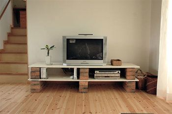 Diyしてみませんか レンガ ブロック を使ったお洒落な収納棚 自宅で テレビ台 手作り ホームウェア
