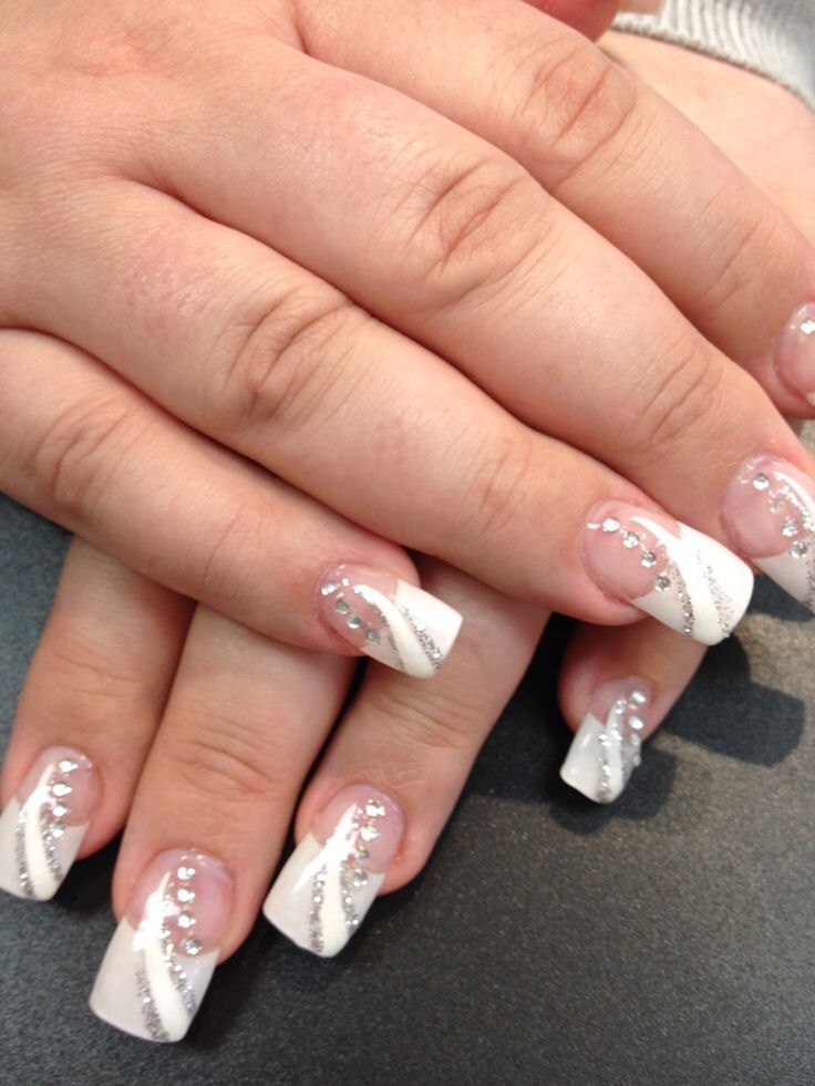 French tips with design | French manicure nails with design ...