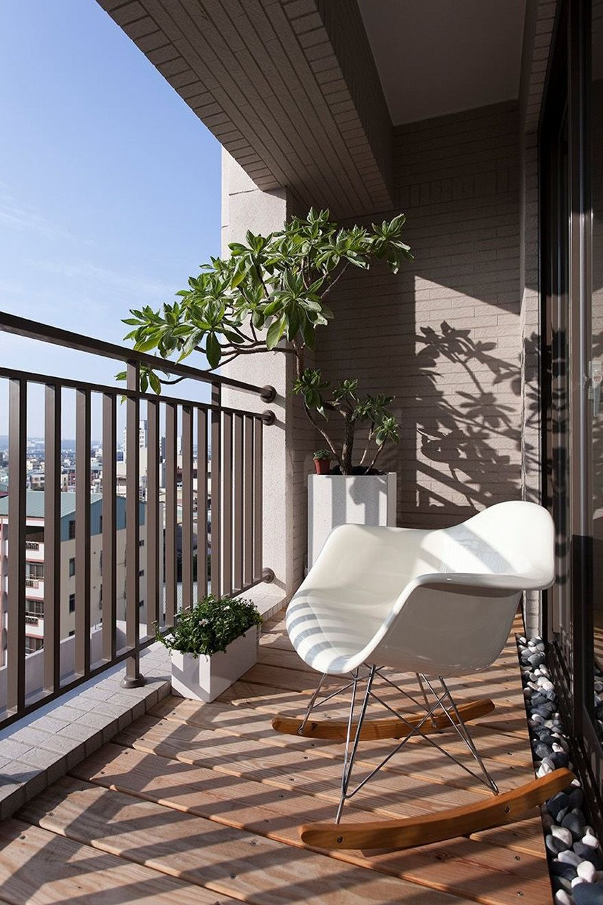 Modern balcony and white chair design | 阳台 | Pinterest | Balkon