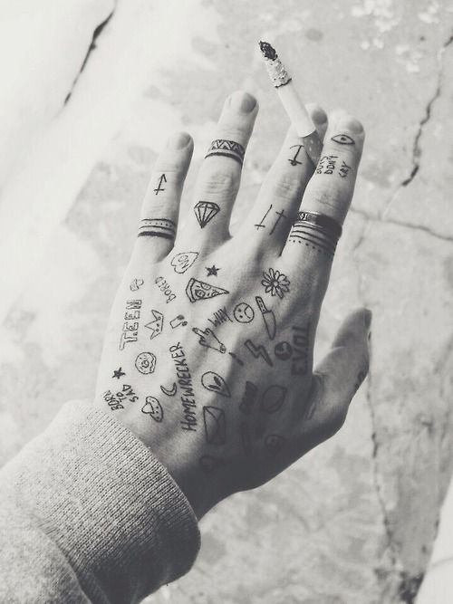 Mini Tattoos Tattoos Tattoos Hand Tattoos Und Tattoo Designs
