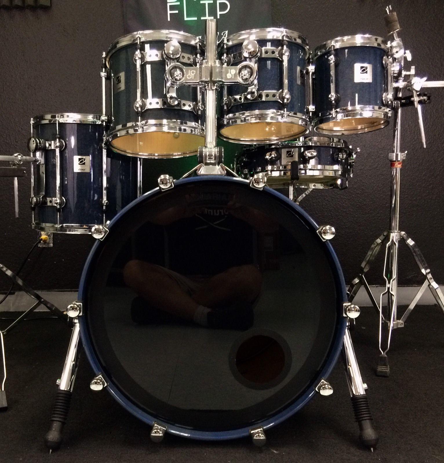a30c43e26798 Sonor Designer Birdseye Azure 6pc Maple Light Drum Set! Video ...