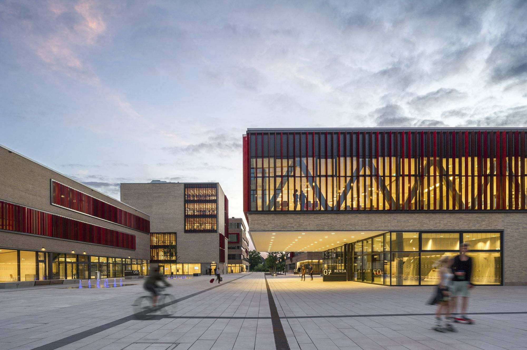 HPP Architects + ASTOC is part of architecture - Completed in 2016 in Mülheim, Germany  Images by Christa Lachenmaier  The Hochschule Ruhr West  University of Applied Sciences in Mülheim an der Ruhr, Germany, in short the HRW, is part of a nationwide development of