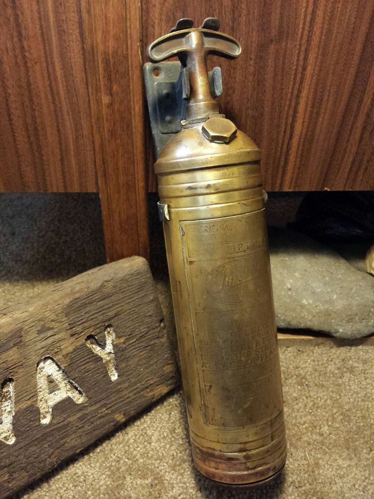 1917 Antique 1 Qt Brass - Pyrene - Fire Extinguisher Newark, NJ SCARCE No Patent  | eBay