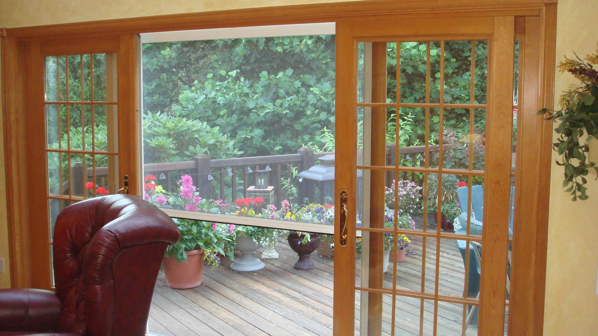 The Olympic Retractable Screen Allows For Natural Ventilation Of