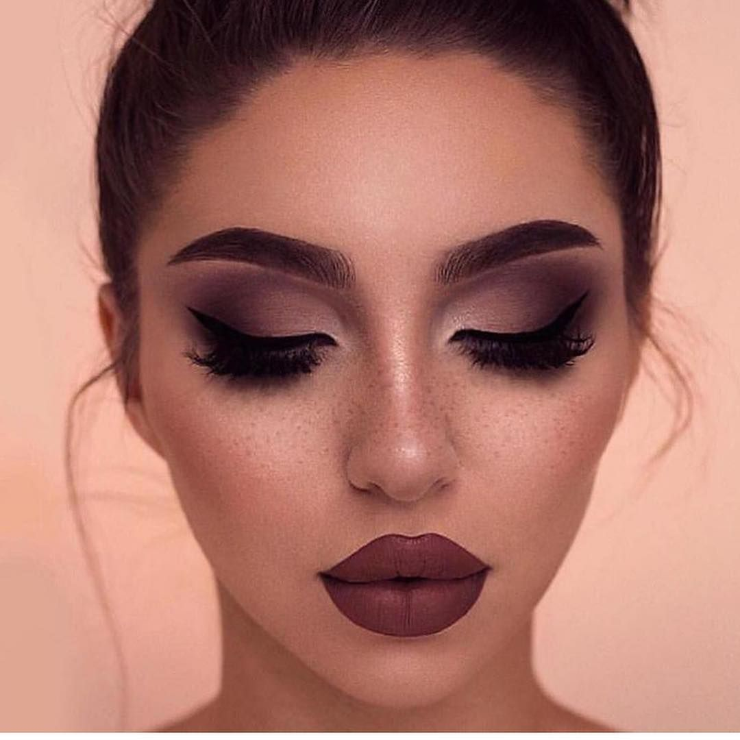 21 Eye Makeup Models For 2019 Eye Makeup Tips Beautiful Makeup Smokey Eye Makeup