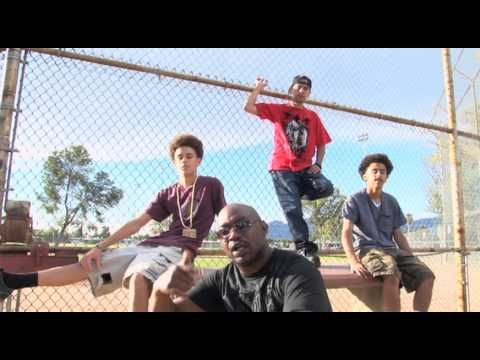 SWITCH IT UP MUSIC VIDEO POSITIVE SONG ABOUT SWITCHING UP YOUR SONGS AS A ARTIST TO SOMETHING KIDS AND ADULTS CAN LISTEN TO MUCH LOVE TO EVERYONE ON MY VIDEO GOD BLESS TODAY...