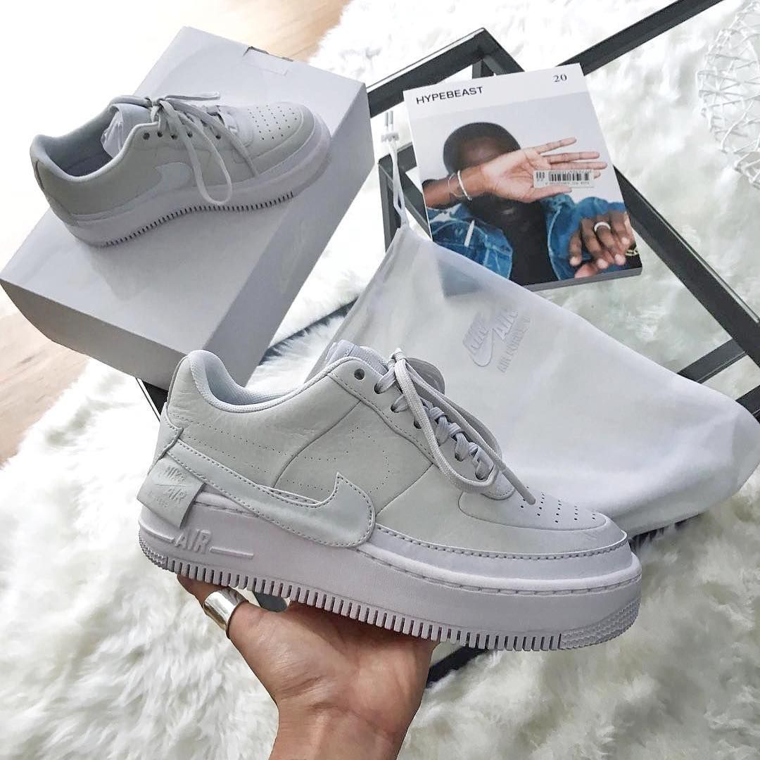 sports shoes 56fae 027d3 Nike Air Force 1 XX Reimagined // was ein krasser Sneaker, Ladies! Wer