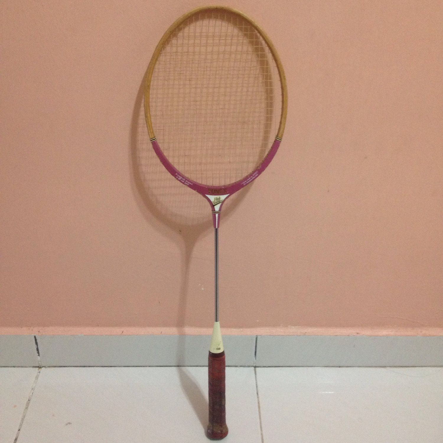 Super Rare Vintage 70s Yonex B9000 Wooden Racquet High Stainless By Bintangclothingstore On Etsy Https Www Etsy C Yonex Vintage 70s Yonex Badminton Racket