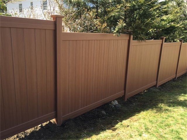 Installed 9 Sections Of 6 Ft High Chesterfield With Certagrain Texture Vinyl Fencing Manufactured By Bufftech In Gr Vinyl Fence Outdoor Decor Outdoor Storage
