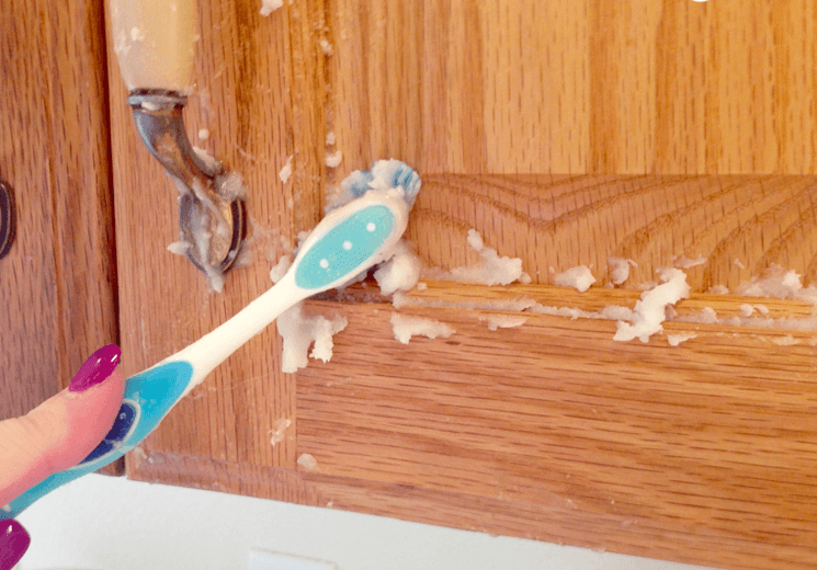 Remove Grease And Grime Easily! How To Really Clean Oak ...