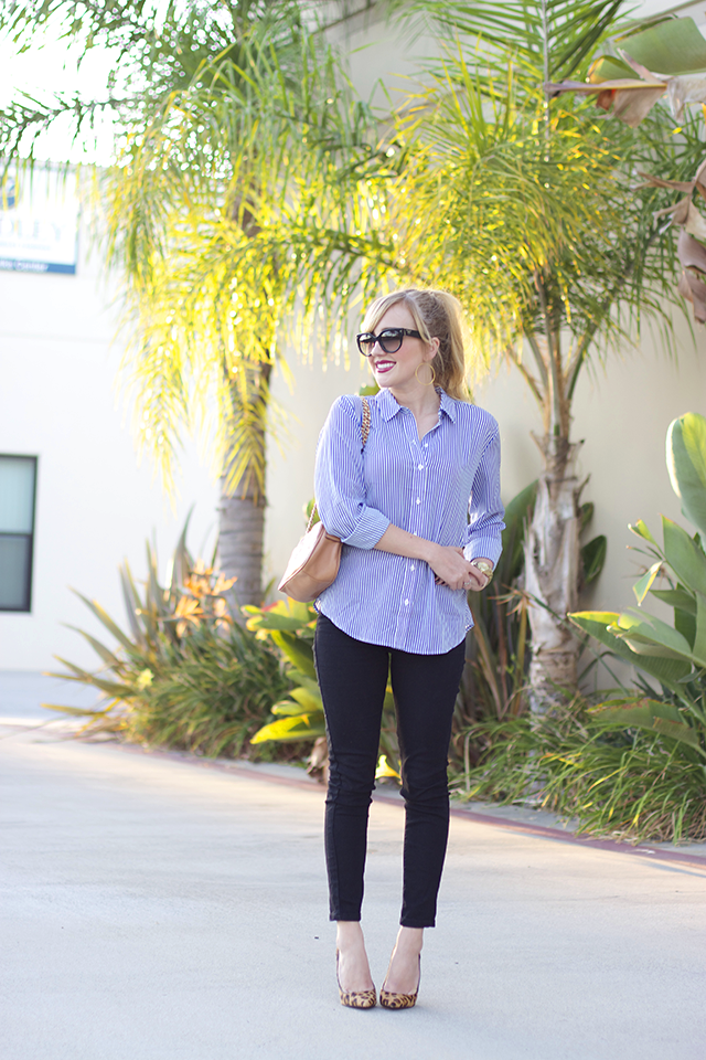 button down, skinny jeans and pumps