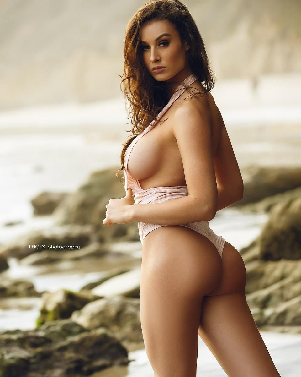 Bianca Haase Topless