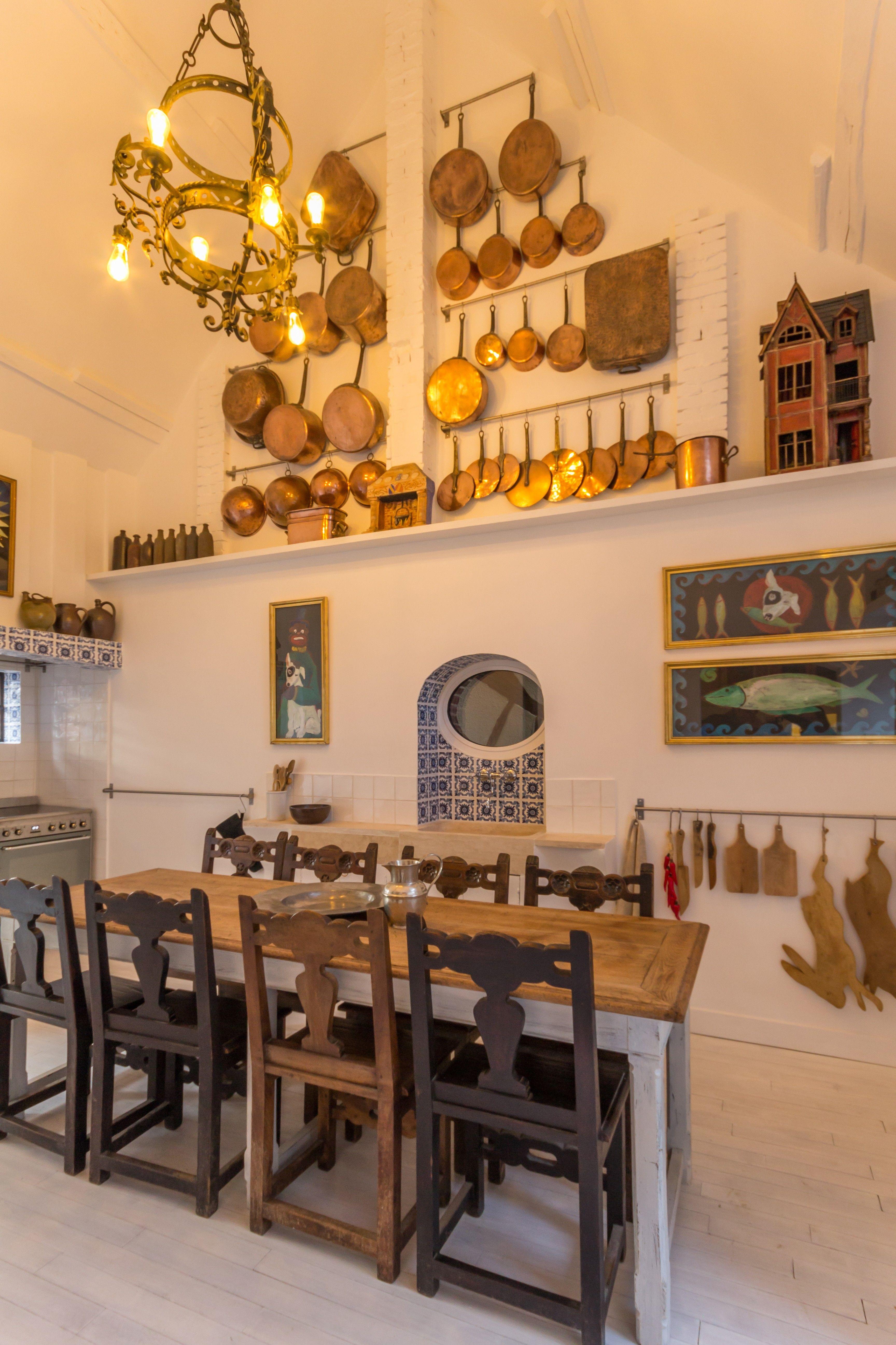 L installation d une cuisine dans une long re normande - Installer une prise de terre dans une maison ...