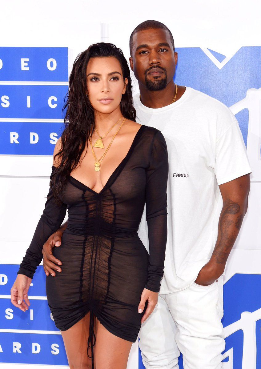 See Highlights From The Mtv Video Music Awards Pics Of Kim Kardashian Kanye West And Kim Kim Kardashian Kanye West