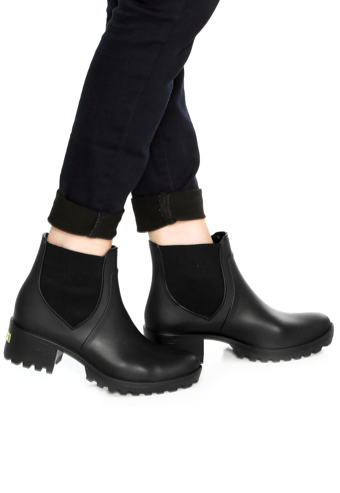 89e2b459c8b89 Bota Chelsea Colcci Tratorada Preta | Sapatos que amo | Colcci ...