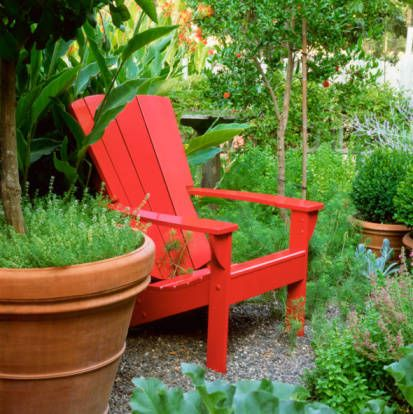 color red feng shui decorating tips feng shui red color and gardens