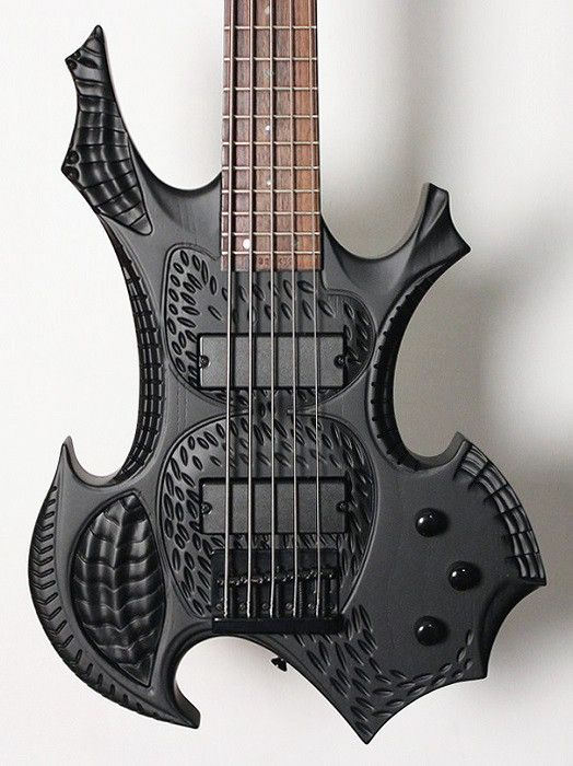 halo custom guitars gvk 5 string hand carved bass transparent black guitares pinterest. Black Bedroom Furniture Sets. Home Design Ideas