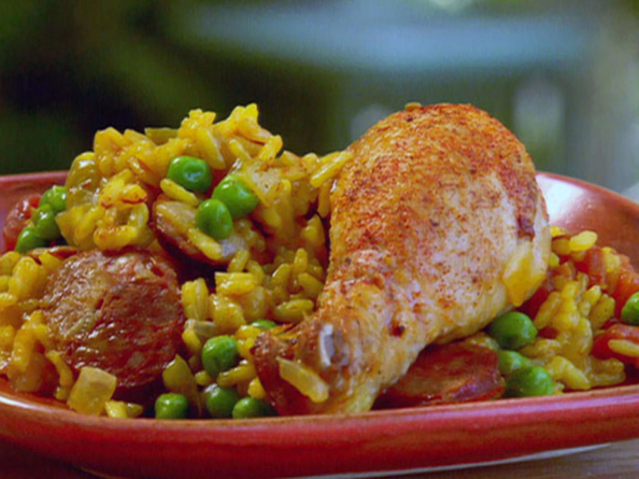 Spanish chicken and chorizo paella recipe pinterest spanish spanish chicken and chorizo paella recipe pinterest spanish chicken paella and paula deen forumfinder Images