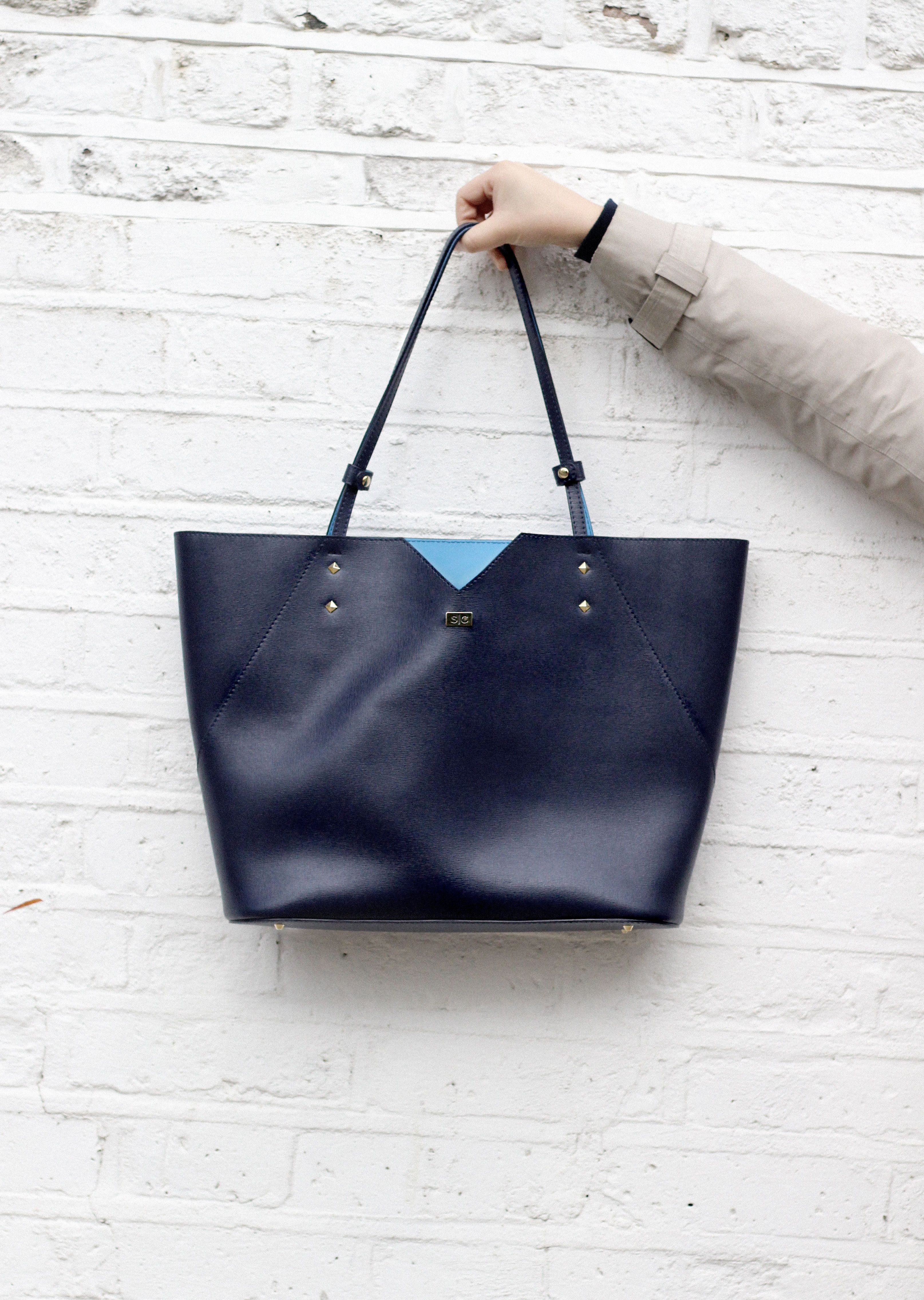 3085478caa38 Veronica tote bag in luxurious navy blue Italian leather with Saffiano  pattern.