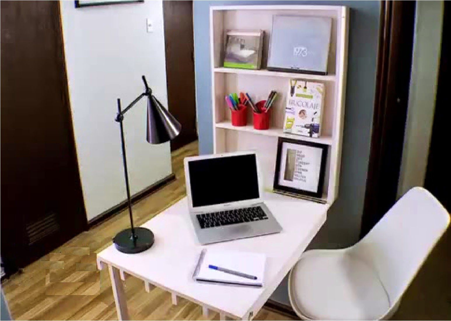 Muebles inteligentes el escritorio plegable muebles for Muebles inteligentes