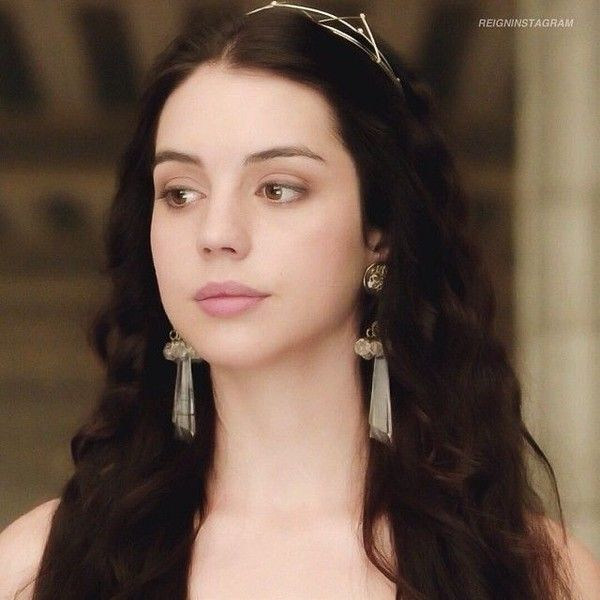 Instagram photo by @reigninstagram (⠀⠀⠀⠀⠀⠀⠀⠀⠀⠀⠀⠀♛Reign♛) - via... ❤ liked on Polyvore featuring adelaide kane and reign