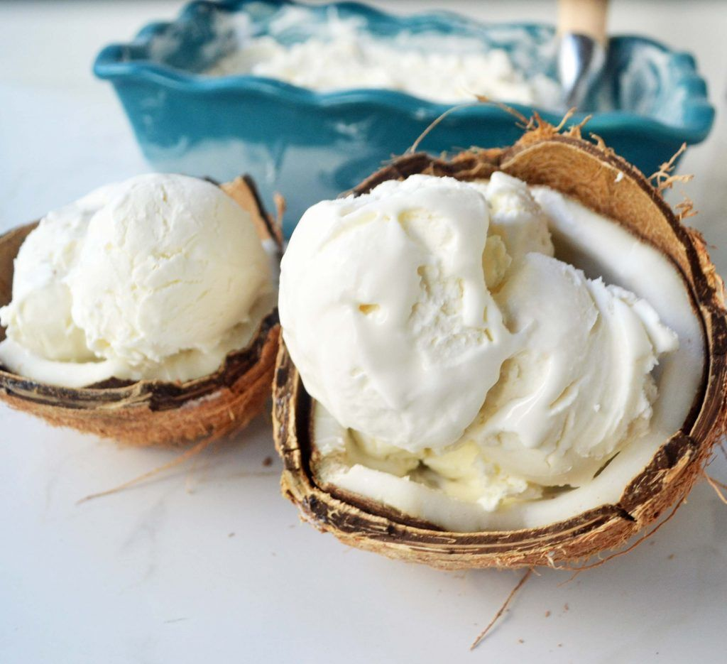No Churn Coconut Ice Cream With Fresh Mango By Modern Honey L Www Modernhoney Coconut Ice