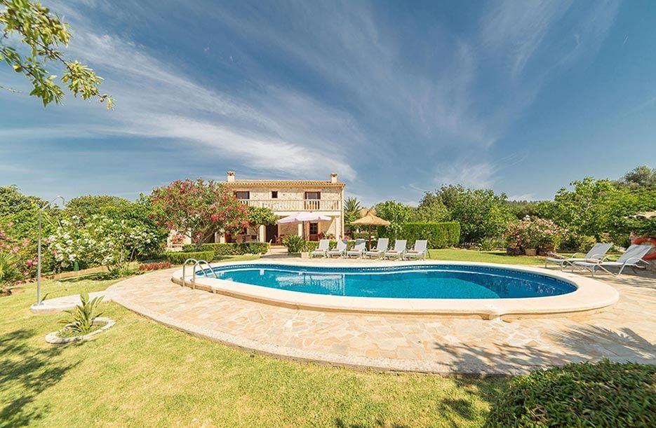 Best Villas In Mallorca Luxury Villa Holidays In Mallorca 400 x 300