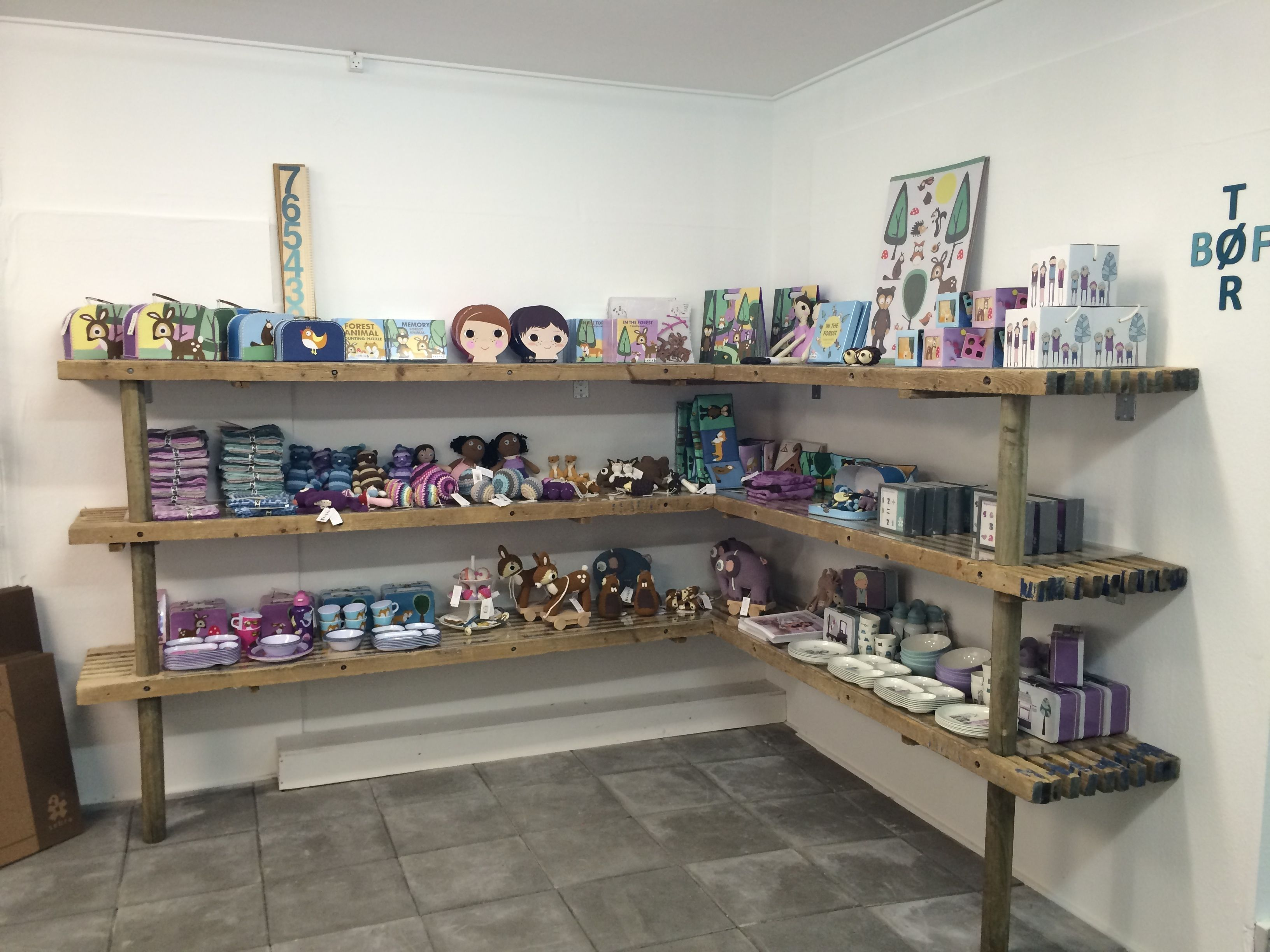 Det er 2 måneder siden at Tinga Tango designbutik åbnede #designbutik#nyborg#butik#børn#børneværelse#sebra