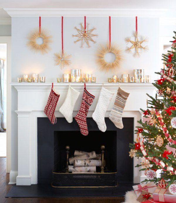 27 Inspiring Christmas Fireplace Mantel Decoration Ideas Traditional Christmas Decorations Scandinavian Christmas Holiday Mantel