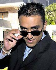 1 Kiko Hernández Parecia