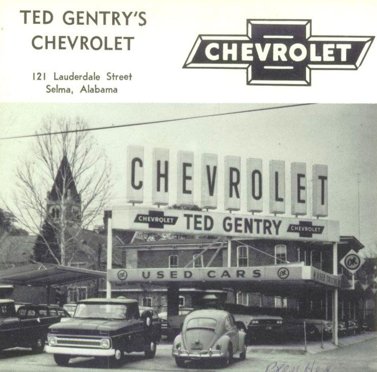 Pin By Chicagobred1 On Historic Car Photos Chevrolet Dealership Classic Chevy Trucks Classic Cars