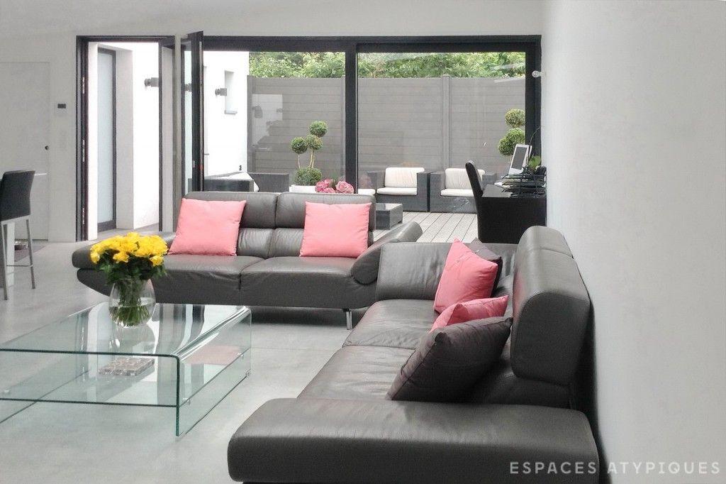 Lille  Maison contemporaine avec terrasse et patio Escalier - escalier interieur de villa