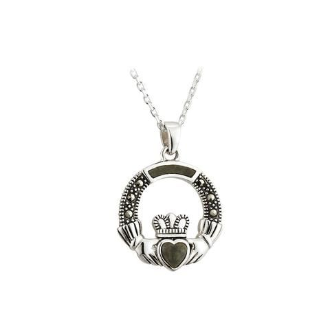 The Claddagh Is A Long Standing Irish Symbol For Love Loyalty And