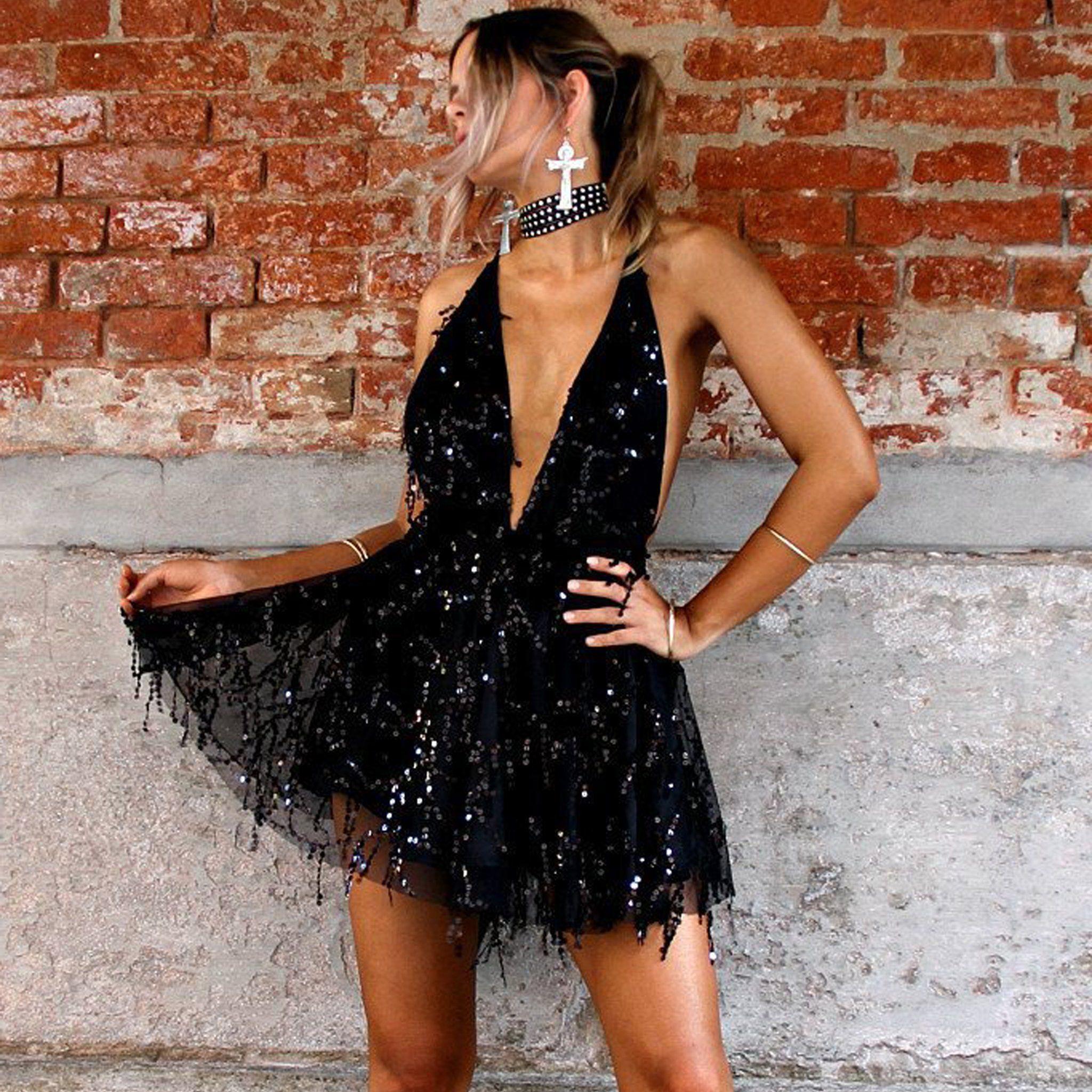 ffe624e20e Fancy Summer Outfit Ideas 2018 for Going Out Party Clubbing - Sequin Halter  Neck Dress Romper in Black - ideas elegantes del equipo del mameluco del  verano ...
