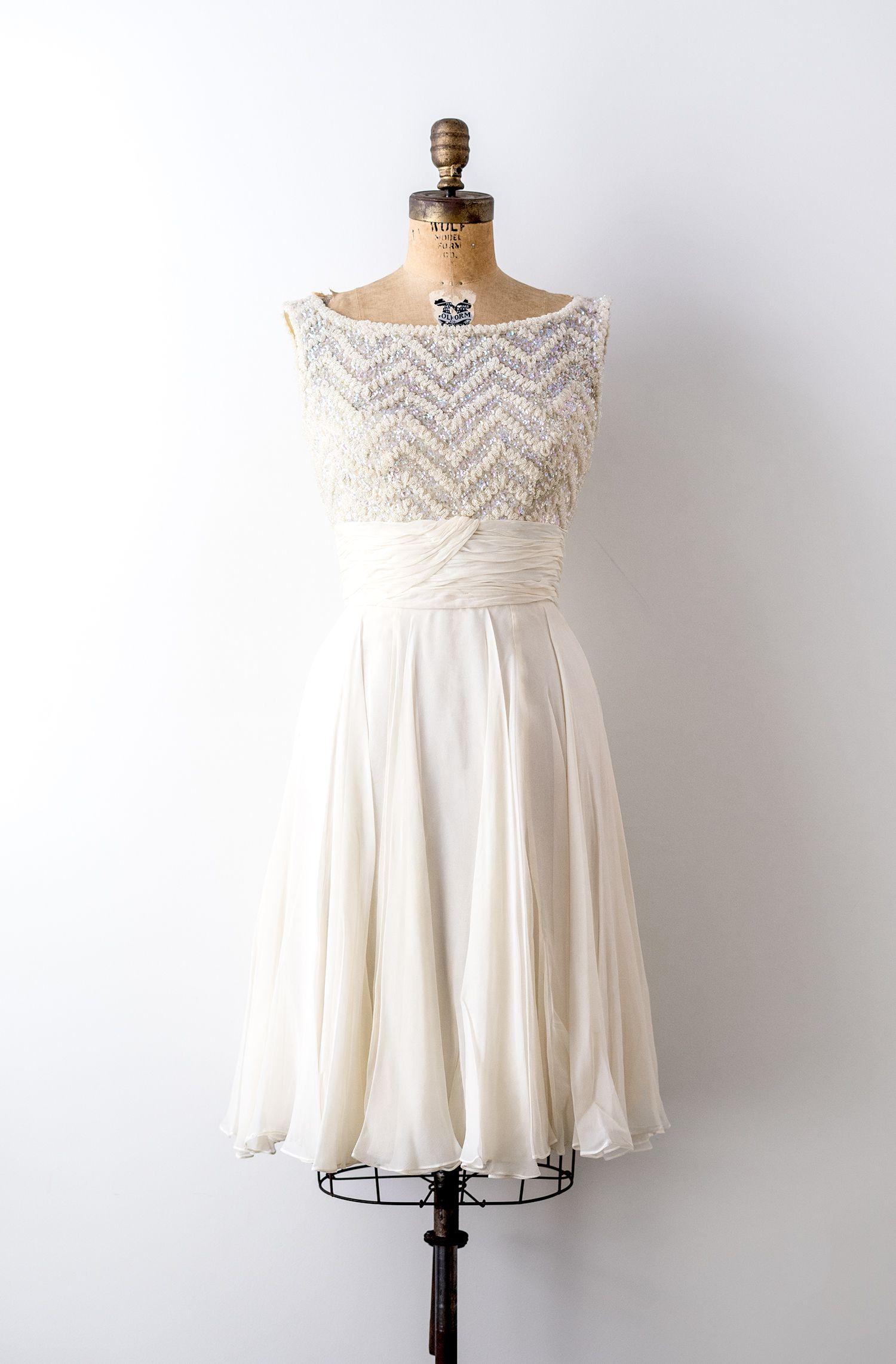 1950 Ivory Dress Vintage 50s Party Dress White Chiffon Etsy Dresses 1950s Party Dresses 1950s Fashion [ 2283 x 1500 Pixel ]